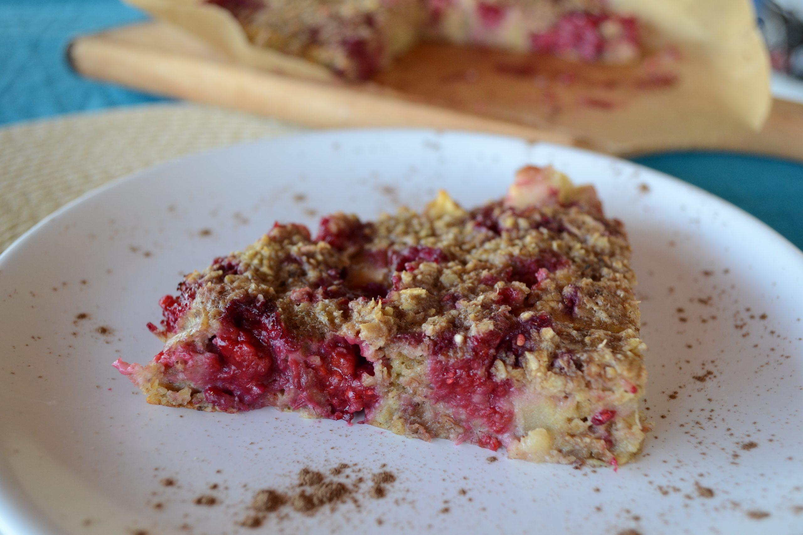 Мини кейк с овесени ядки и плодове