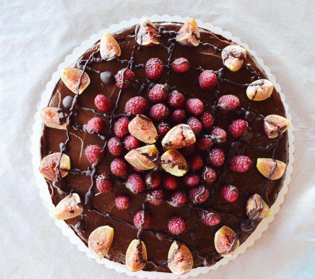 шоколадов чийзкейк със смокини