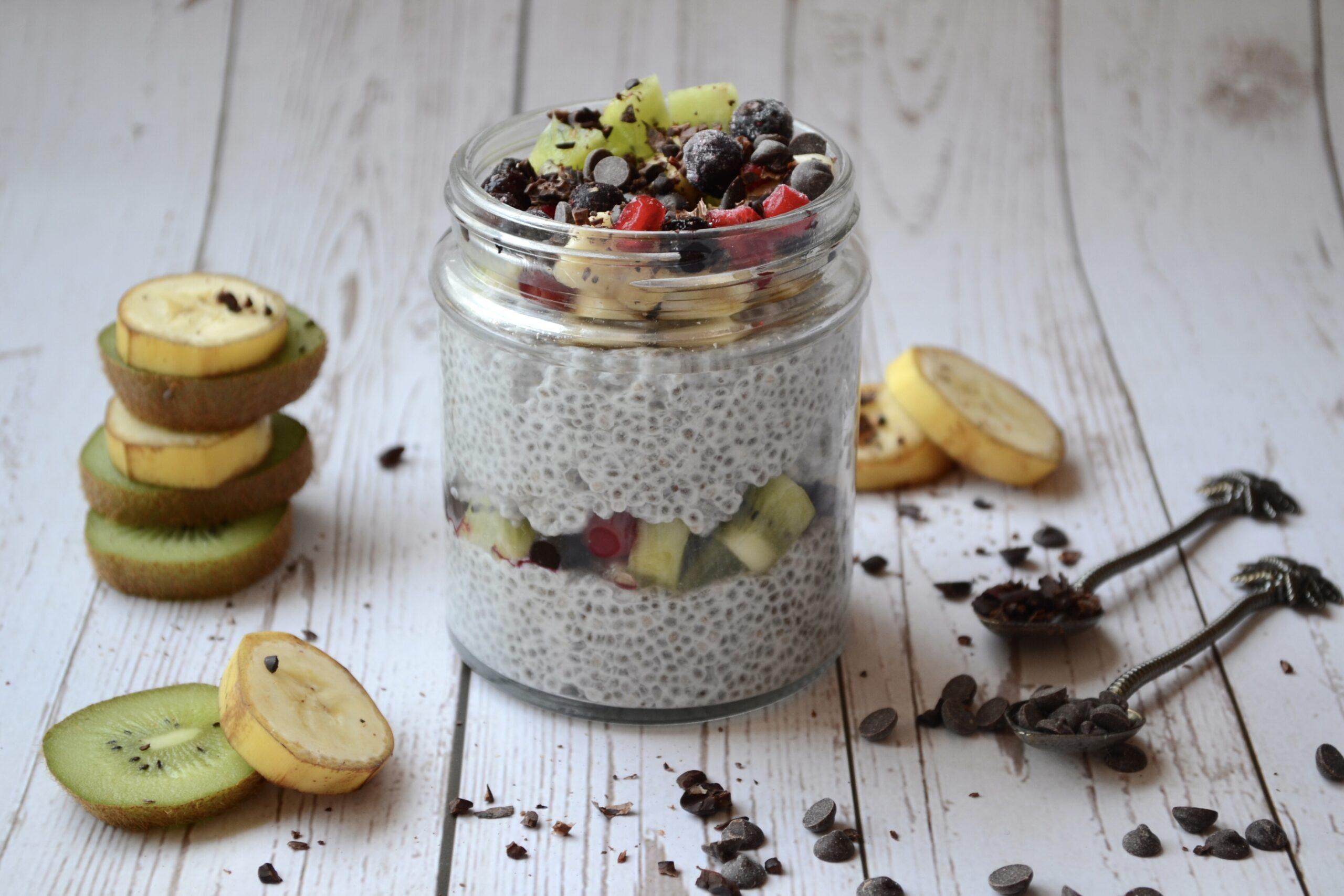 Чия пудинг с плодове